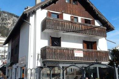 Apartment in the centre of Campitello di Fassa